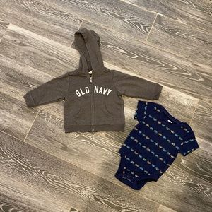 Old Navy Bundle 6-12 month boys